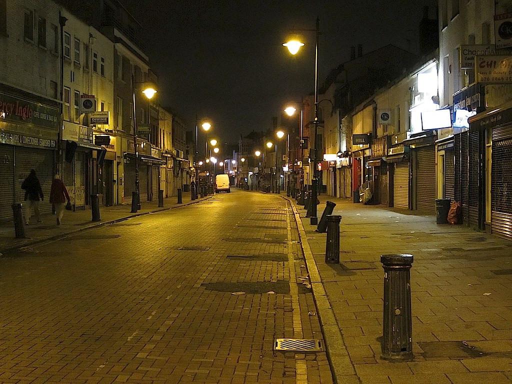 street_at_night.jpg